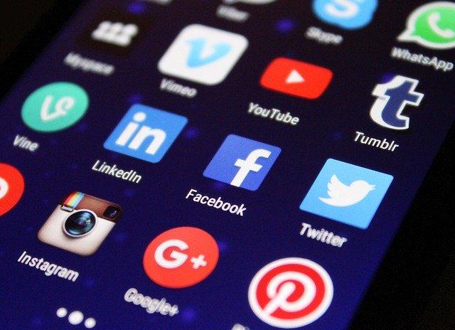 Ervaar de impact van online media tijdens een crisissituatie